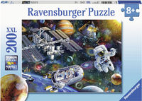 RB126927 Cosmic Exploration 200pc Puzzle